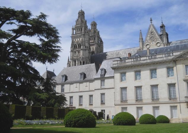 city of Tours